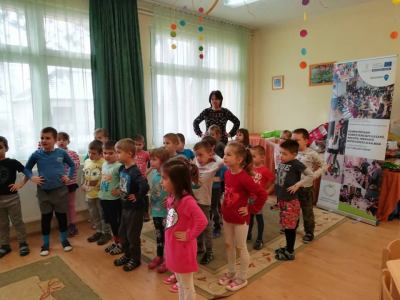 Napraforgó Óvoda Töltéstava zenés-mesés foglalkozás 2018.02.26.
