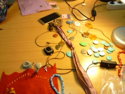 Gyöngyékszer készítő szakkör